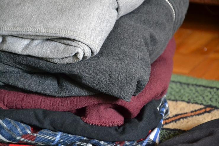 clothes-381209_1280